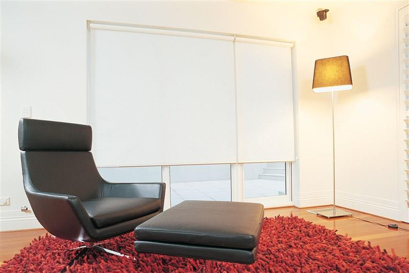 roller-blinds-w/-curtains-adelaide